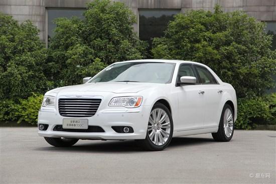 2012款克莱斯勒300C泉州接受预订 订金5万