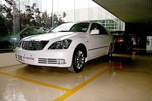 丰田 皇冠 2005款 3.0L 自动 Royal