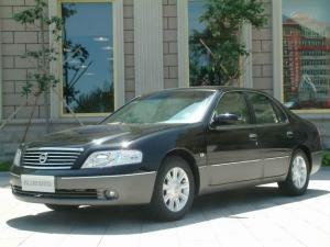 日产 蓝鸟 2004款 2.0L 手动 豪华型