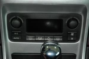 标致307(进口)中控台空调控制键图片