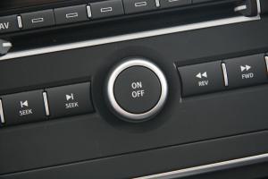萨博9-3(进口)中控台音响控制键图片