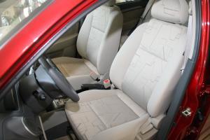 乐骋驾驶员座椅图片