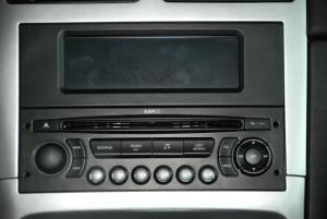标致307(进口)中控台音响控制键图片