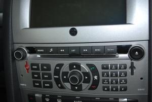 标致407(进口)中控台音响控制键图片