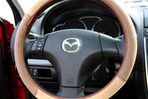 马自达6轿跑车方向盘图片