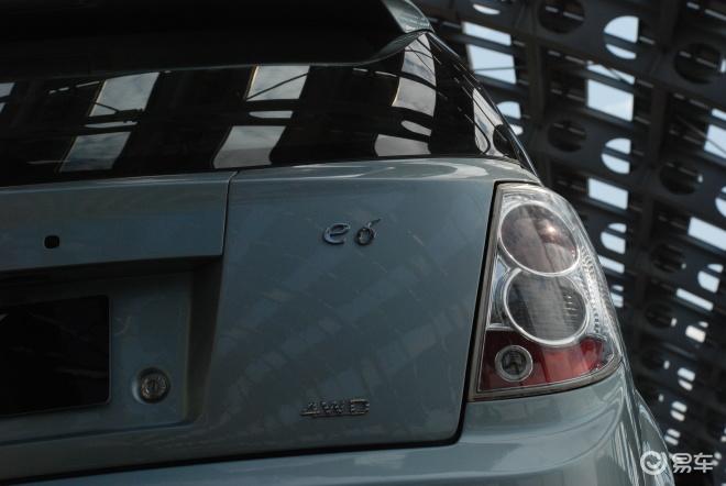 比亚迪e6高清图片