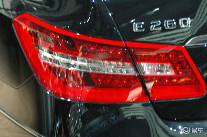 【奔驰E260轿跑图片】-易车网BitAuto.com高清图片