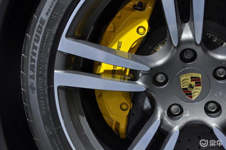 保时捷Cayenne turbo