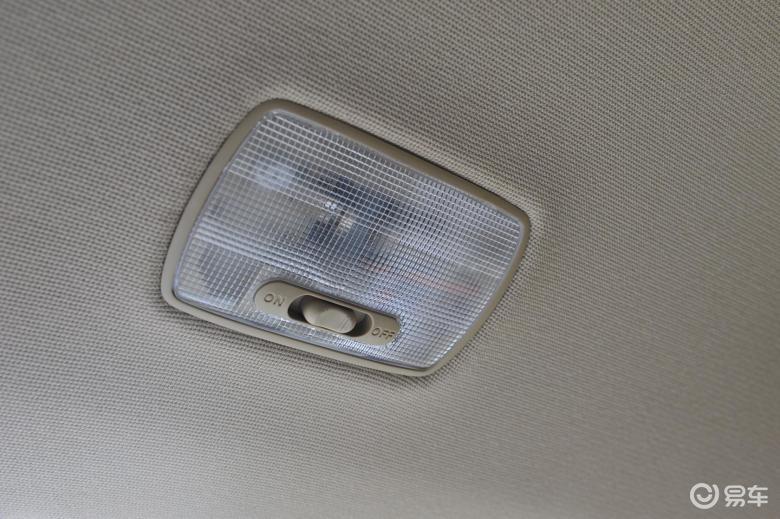 【德赛新奥2009款领秀版后排阅读灯汽车图片艾瑞泽gx预售价图片