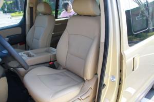 辉翼(进口)驾驶员座椅图片