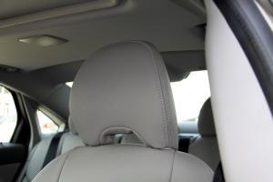 长安沃尔沃S40驾驶员头枕图片