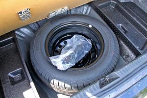 比亚迪F6备胎图片