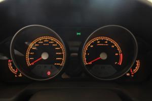 骏捷FRV仪表盘背光显示图片