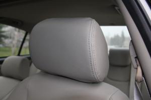 瑞麒G3驾驶员头枕图片