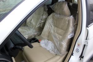 CR-V2010款 豪华版自动档 VTi AT 外观珍珠白