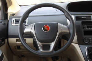 景逸SUV方向盘图片