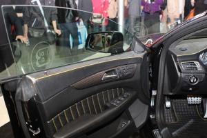 BRABUS巴博斯 C级驾驶员侧车门内门板图片