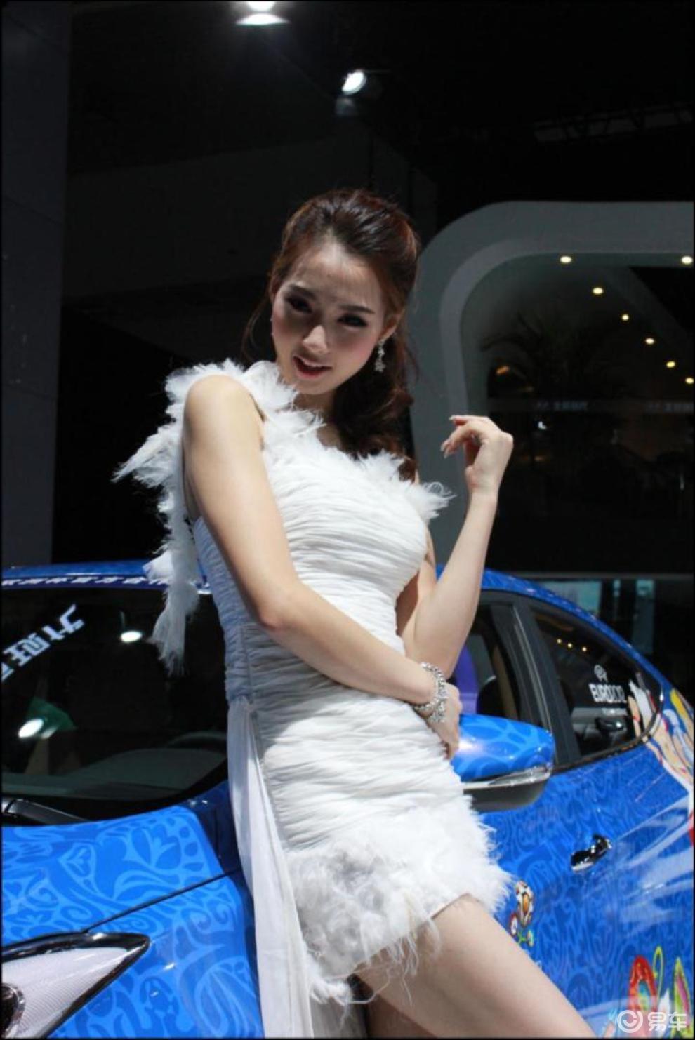 【北京现代美女车模图片】 易车网bitautocom