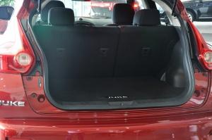 进口日产Juke 行李箱空间