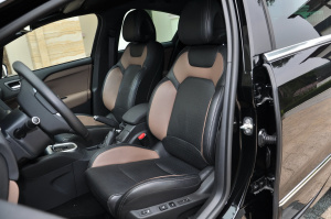 DS 4驾驶员座椅