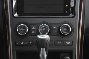 进口马自达CX-9 中控台空调控制键