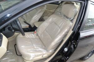 马自达3驾驶员座椅图片