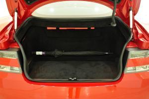 阿斯顿·马丁DB9 行李箱空间
