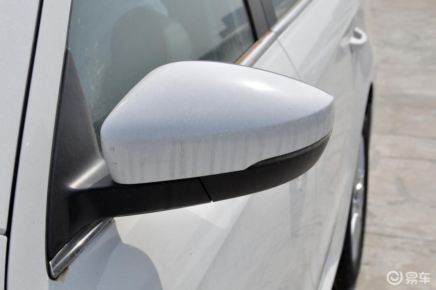 舒适版后视镜转向灯(前)汽车