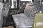 北汽212系列后排空间图片