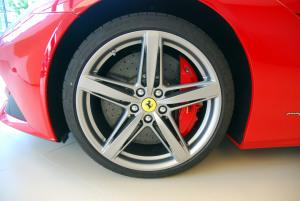 法拉利F12 berlinetta 轮圈