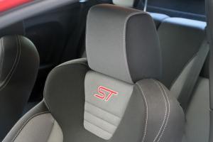 嘉年华ST驾驶员头枕图片