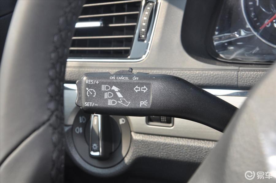 朗逸汽车大灯调节位置图解