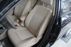 赛拉图驾驶员座椅图片