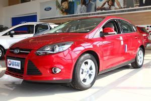 福特 福克斯两厢 2012款 1.6L 手动 两厢风尚型