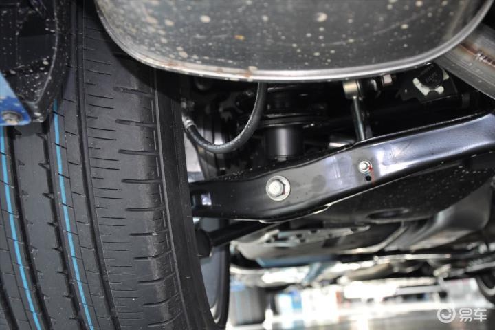 丰田汽车底盘结构图