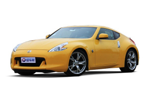 进口日产370Z 黄色