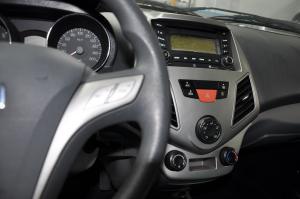 众泰Z200HB中控台整体图片