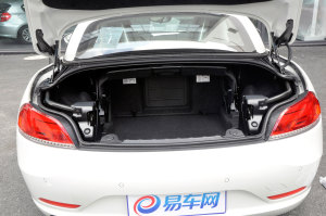 宝马Z4(进口)行李箱空间图片