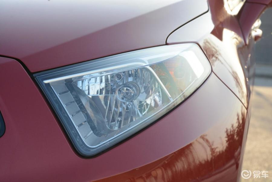 中华汽车大灯结构图