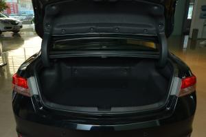 进口讴歌ILX 行李箱空间