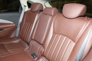 英菲尼迪QX50(进口)后排座椅图片