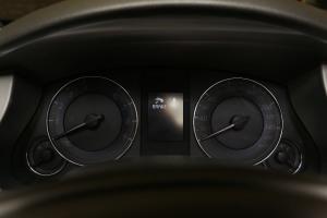 进口英菲尼迪QX50 仪表