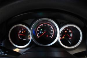 长安CX20仪表盘背光显示图片