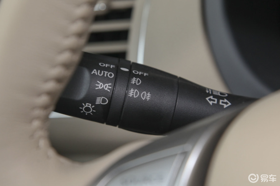 【天籁2013款2.0XL 舒适版大灯远近光调节柄汽车图片-汽车图片大全图片
