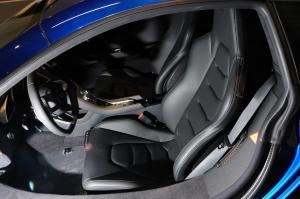 迈凯伦12C驾驶员座椅图片