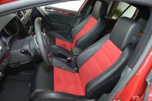 高尔夫GTI驾驶员座椅图片