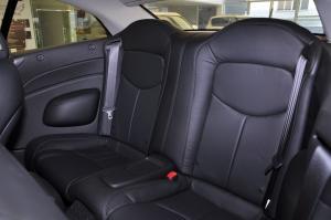 英菲尼迪Q60后排座椅图片