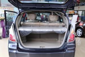 利亚纳两厢                行李箱空间
