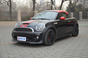MINI COUPE JCW 子夜黑金属漆