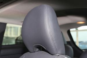 沃尔沃C30驾驶员头枕图片